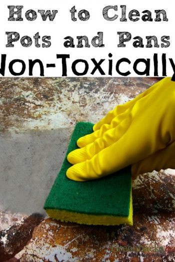 How to Clean Burnt Pots and Pans Using Non-Toxic Cleaners