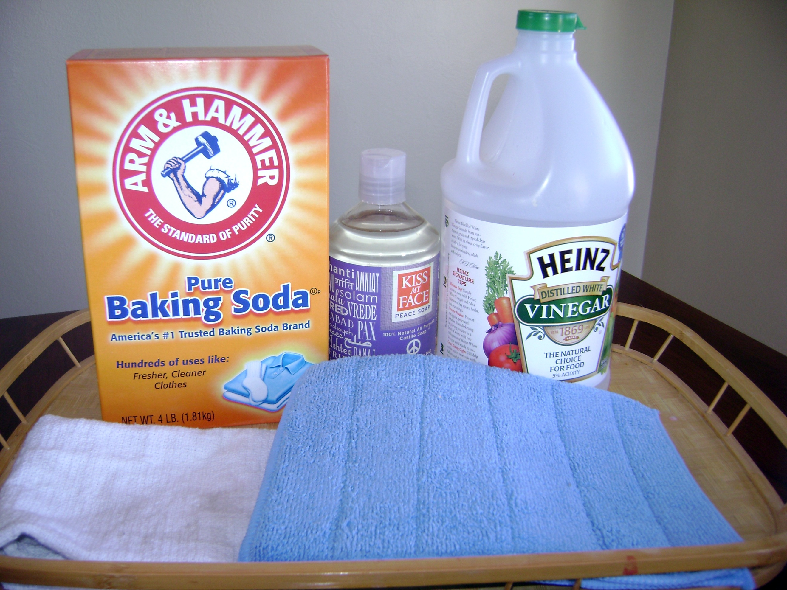 Green Your Clean How To Make Non Toxic Household Cleaners