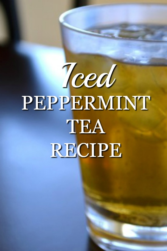 DIY Iced Peppermint Tea Recipe: You new favorite refreshing drink.