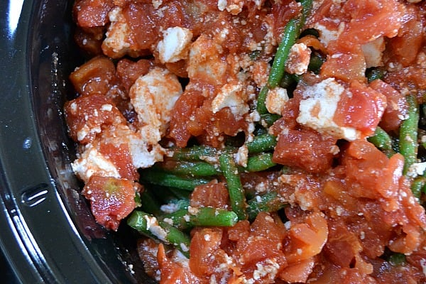 slow cooker green bean recipe with tomato, red curry paste, coconut milk mixture